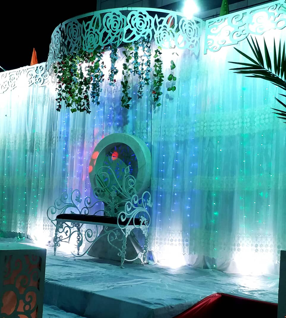 استیج دیده بان با به روز ترین جایگاهای عروس و داماد در منطقه صحرای باغ